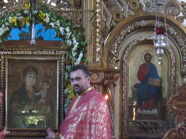 Bucurie duhovniceasca desavarsita la Icoana facatoare de Minuni a Maicii Domnului de la Manastirea Nicula * Parintele Vasile Florin Reut * www.credinta-ortodoxa.com