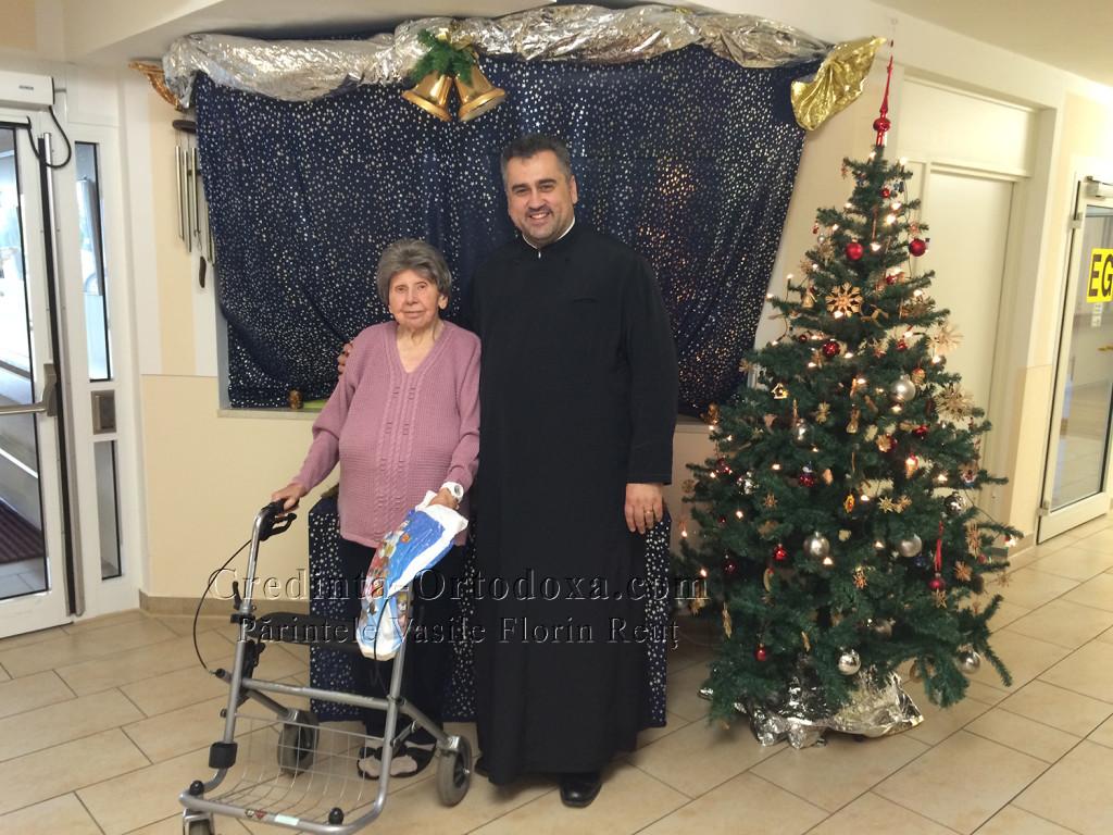 Sora Ana-Maria, romanca de-a noastra, plecata de ma mult timp din Romania, s-a bucurat mult cand ne-a vazut * www.credinta-ortodoxa.com