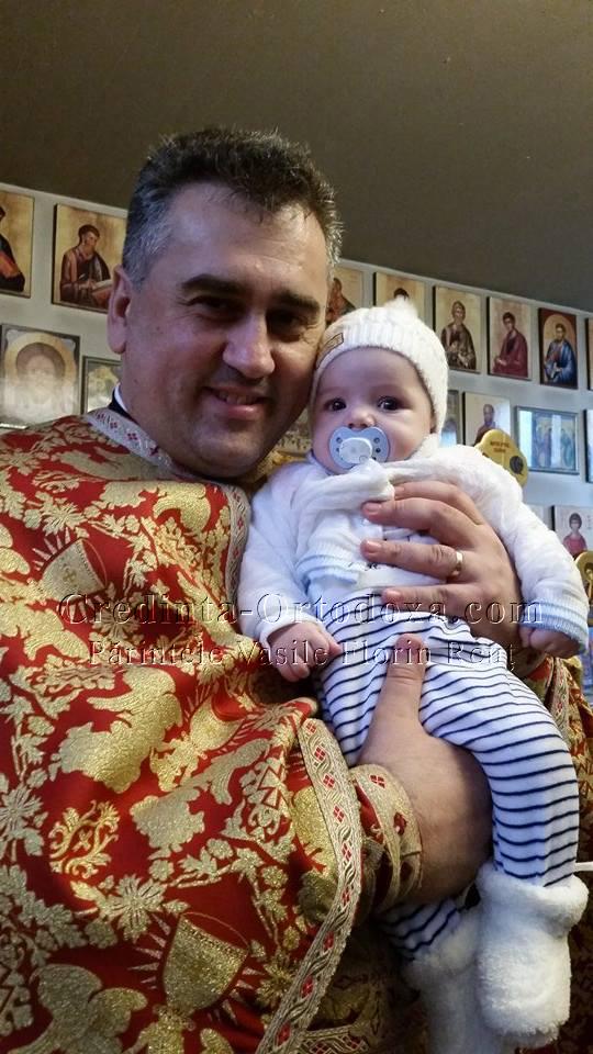 Ii spunem un bun venit in randul crestinilor ortodocsi puncului Milan Adrian pe care l-am botezat astazi * www.credinta-ortodoxa.com