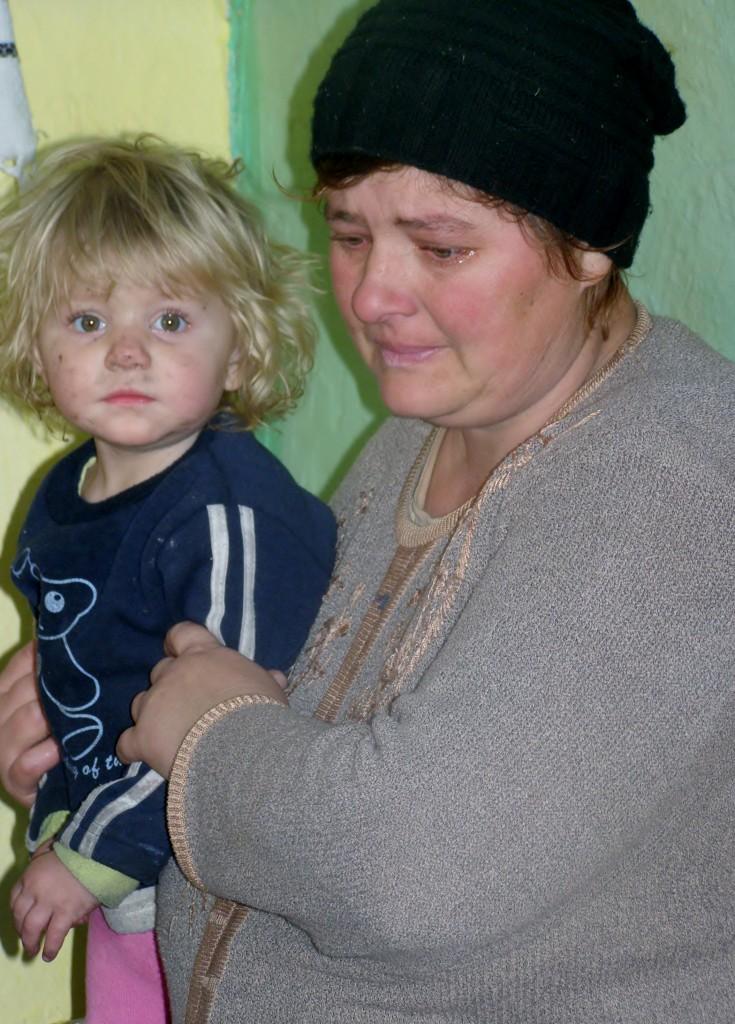 Lacrimi de bucurie, care spun mai mult decat o mie de cuvinte... Slava lui Dumnezeu pentru toate * www.credinta-ortodoxa.com