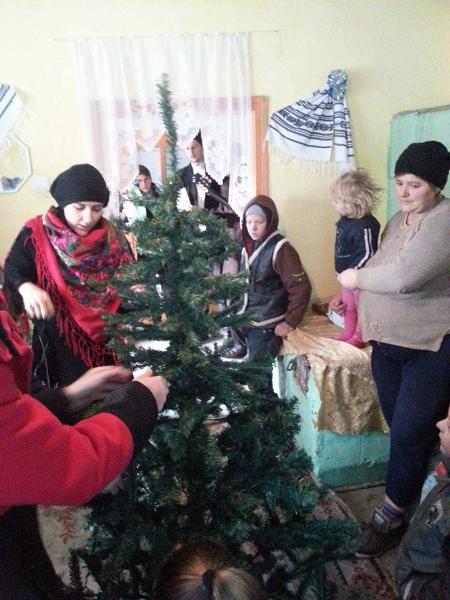 """Actiunea noastra """"Mosii din Diaspora"""" din Botosani s-a incheiat cu succes * www.credinta-ortodoxa.com"""