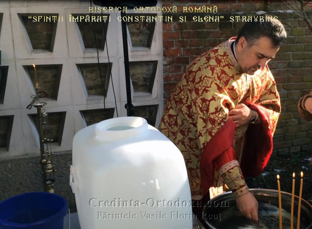 Boboteaza - Slujba de Sfinţire a Aghiasmei Mari - 06 ianuarie 2015, la Biserica Ortodoxă Română Straubing