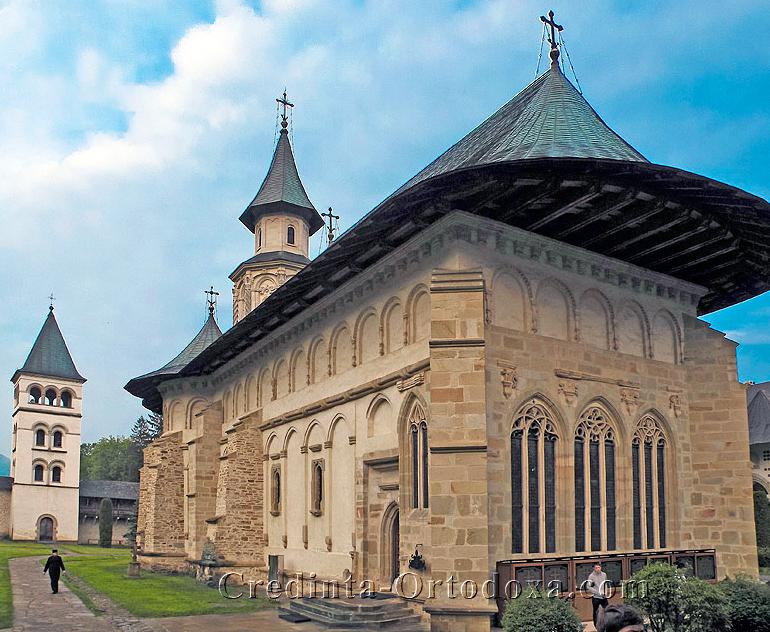 """Manastirea Putna: Marturia unui fost penticostal - Am luat de la Biserica Ortodoxa """"ceva"""" ce nu putem defini"""