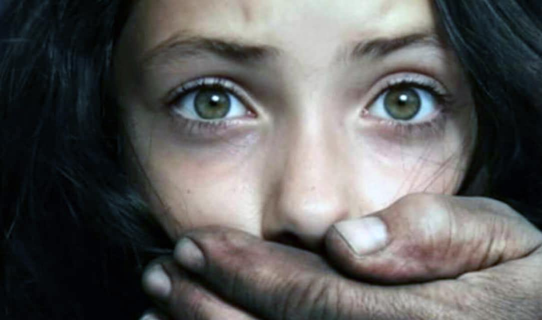 PERICOL: Nu vă mai puneți copiii pe Facebook! Răspândiți acest mesaj…