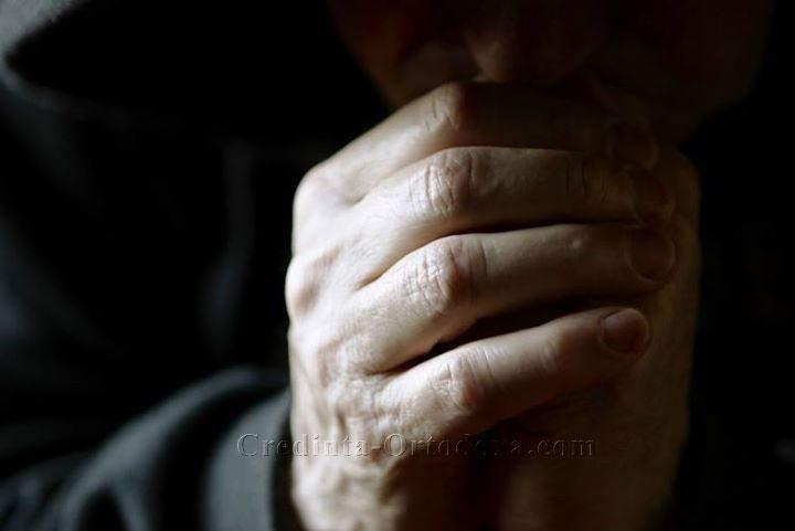 Dacă tăcem înseamnă că ne rugăm, nu că suntem indiferenți... Ne pasă ca şi vouă...