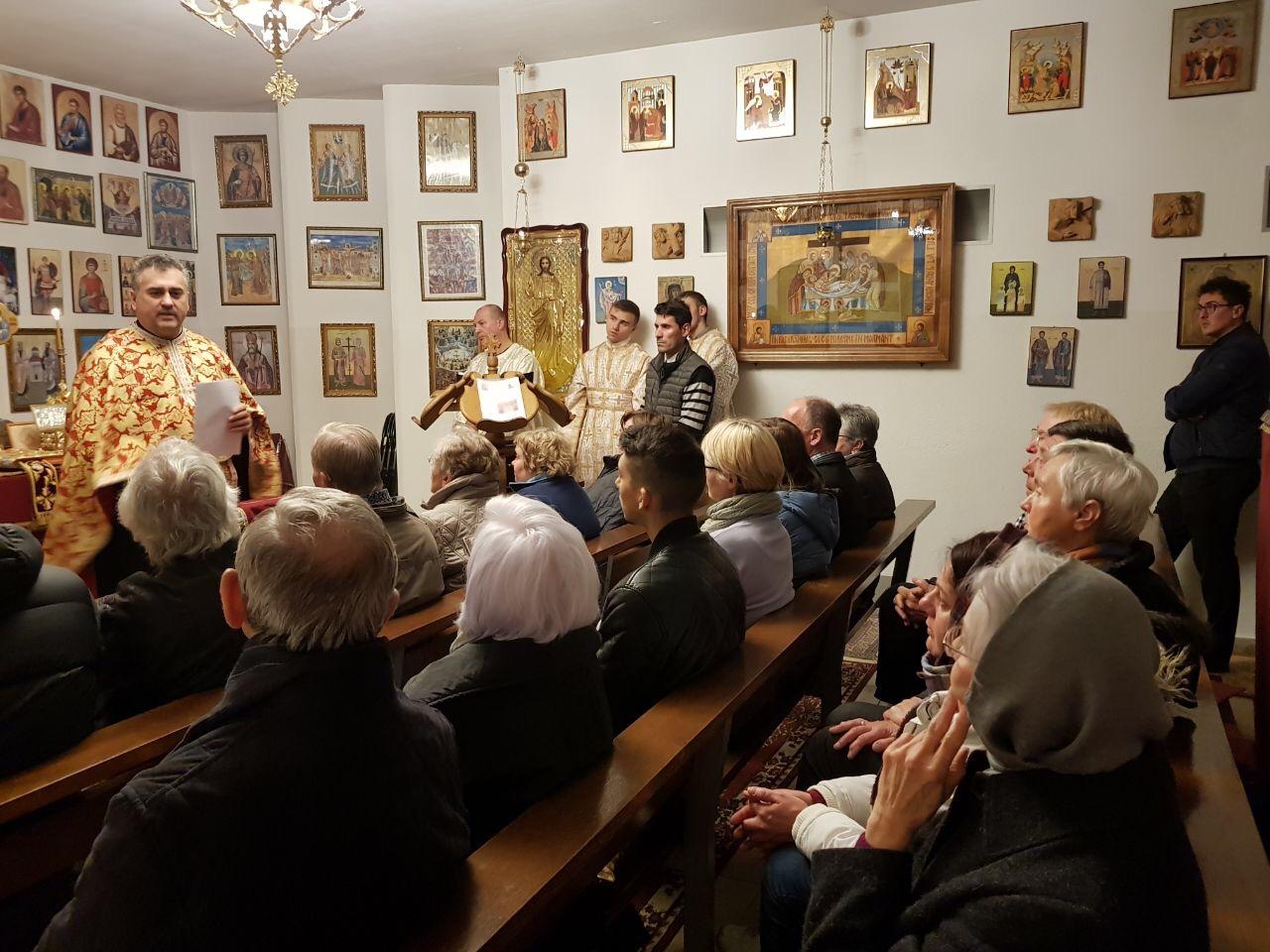"""""""Noaptea bisericii deschise 2017"""" la Biserica Ortodoxă Română """"Sfinţii Împăraţi Constantin şi Elena"""" din Straubing"""