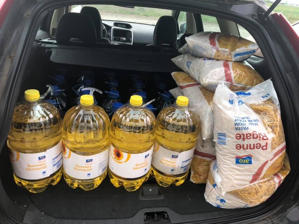 """""""Împreună pentru un MÂINE mai bun"""": Mâncare pentru oameni săraci din România, Acţiunea de Primăvară 2020 - Distribuirea alimentelor"""